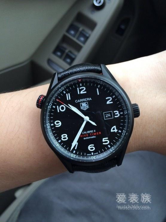 红黑搭配 豪雅卡莱拉系列WAR2A80.FC6337 CARRERA DRIVE TIMER作业