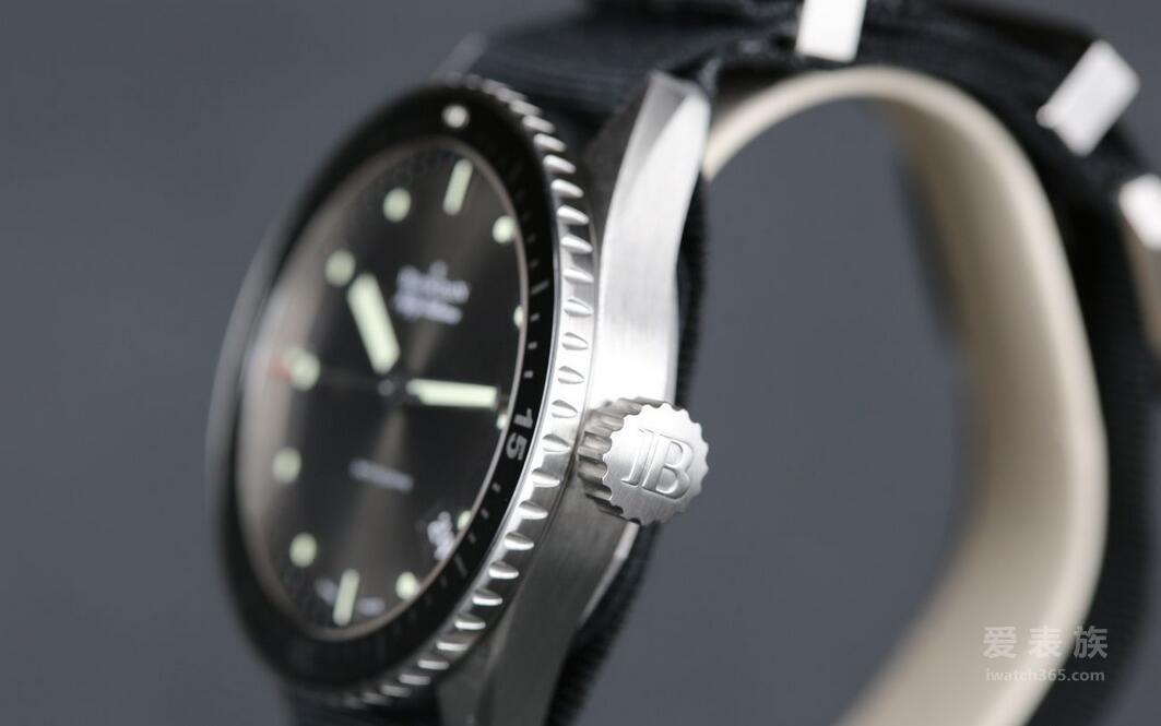 深潜系列——宝珀五十噚系列60周年纪念
