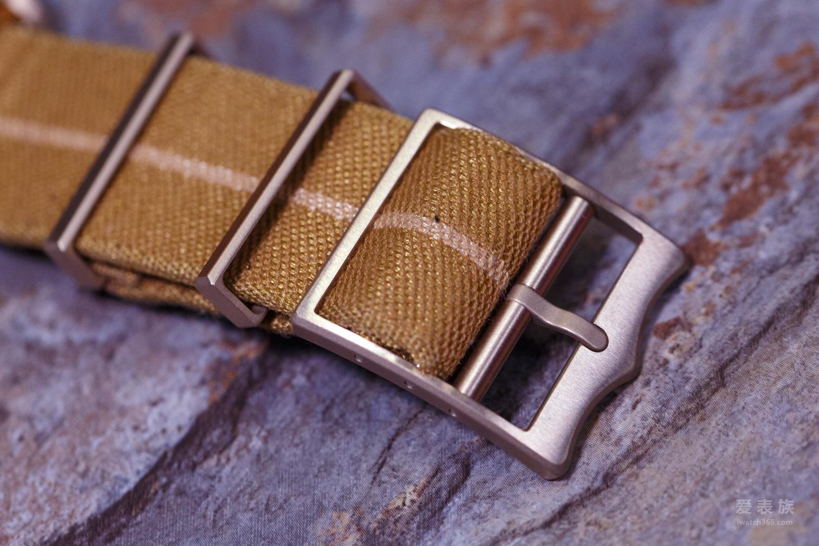 青铜来袭---帝舵Heritage Black Bay Bronze古铜腕表79250BM