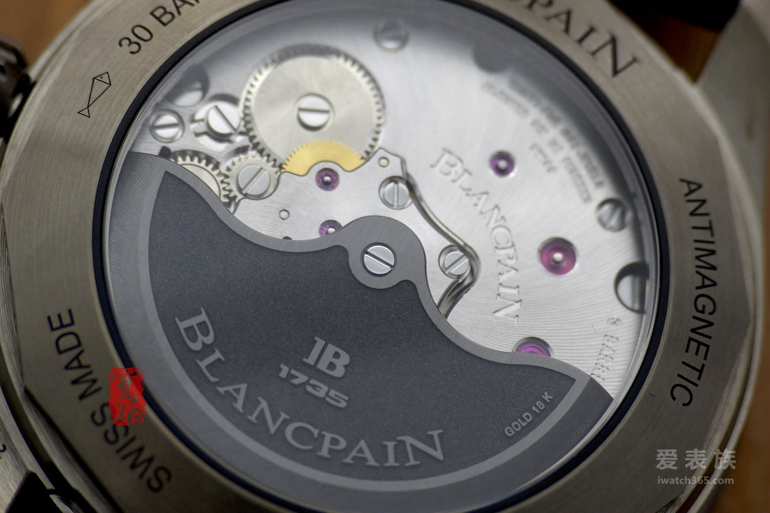 灰色等离子陶瓷宝珀五十噚深潜器大三针蓝面腕表