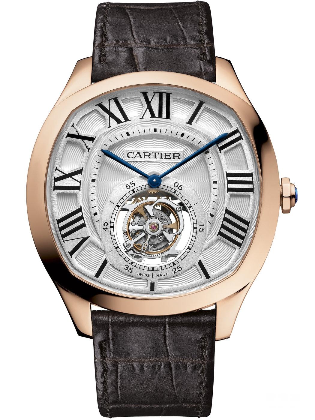 以手抵心 随心所驭 张震真我演绎全新Drive de Cartier系列腕表