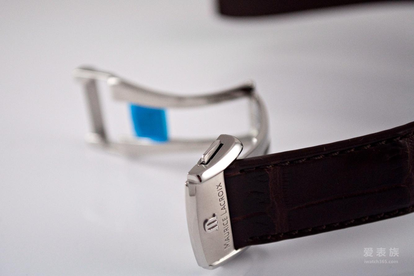 艾美匠心系列万有引力腕表精钢款
