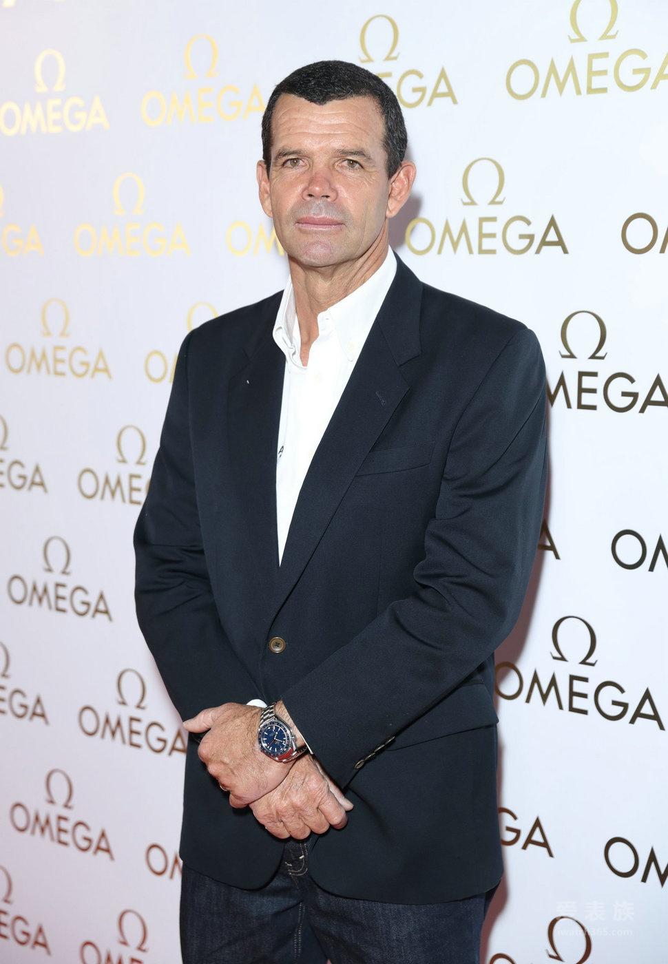 埃迪•雷德梅尼于里约出席欧米茄之家盛大开幕活动