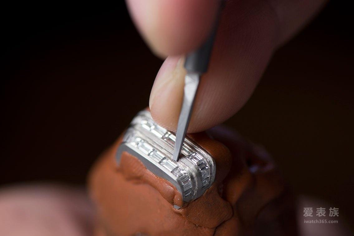 柔美传奇——积家Reverso系列一号高级珠宝女装腕表