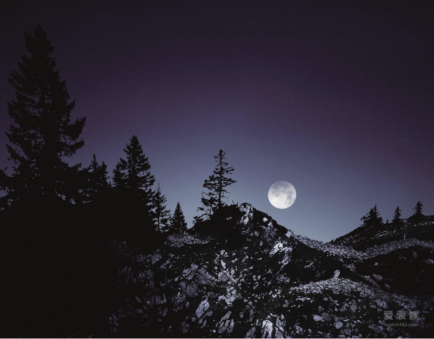 天文月相发现腕上非凡中秋 ——爱彼皇家橡树系列万年历腕表
