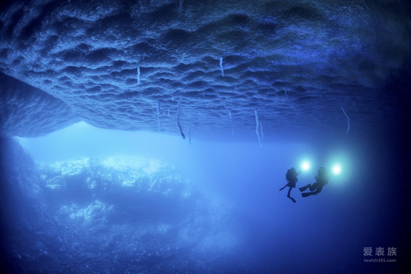 """宝珀Blancpain发布深潜器Bathyscaphe飞返计时码表 """"心系海洋""""2016全新限量版"""