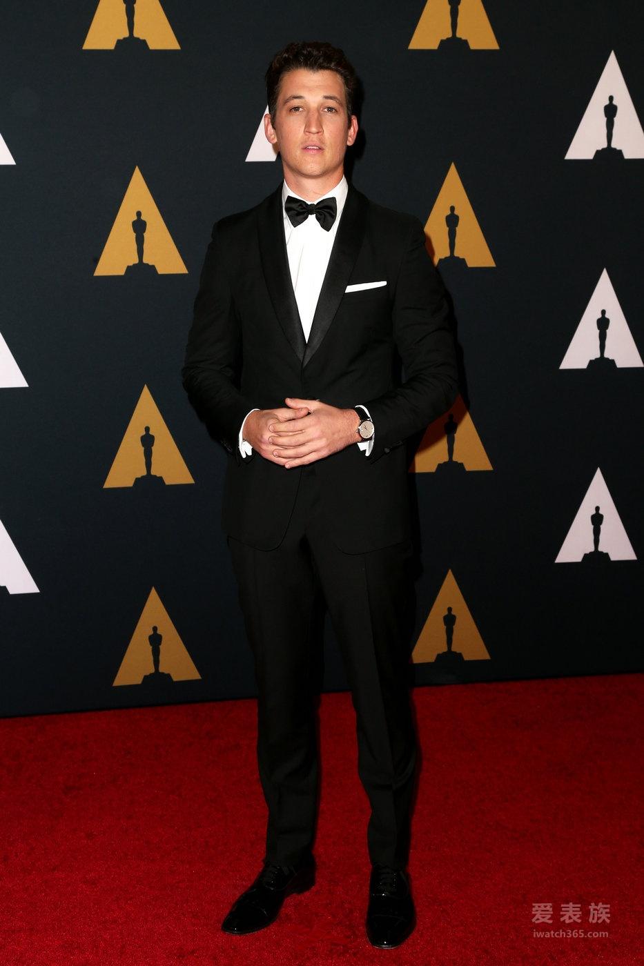 迈尔斯·特勒佩戴万宝龙明星经典系列腕表亮相第八届年度荣誉主席奖颁奖盛典