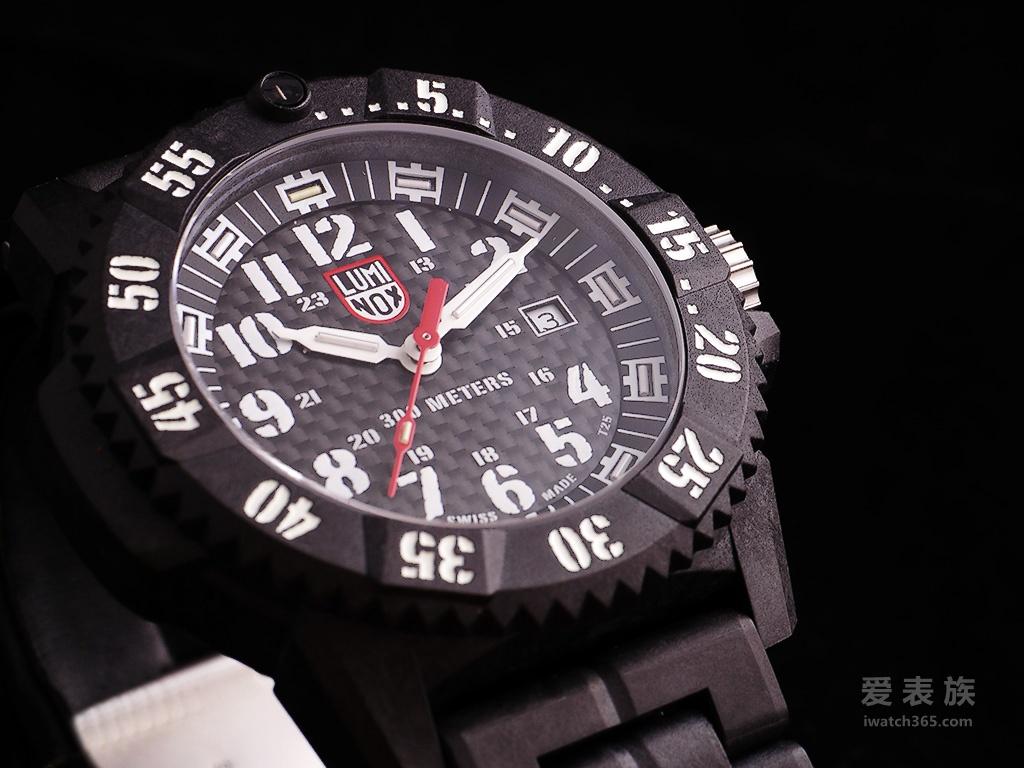 轻巧耐用的鲁米诺斯Carbon SEAL 3800系列腕表