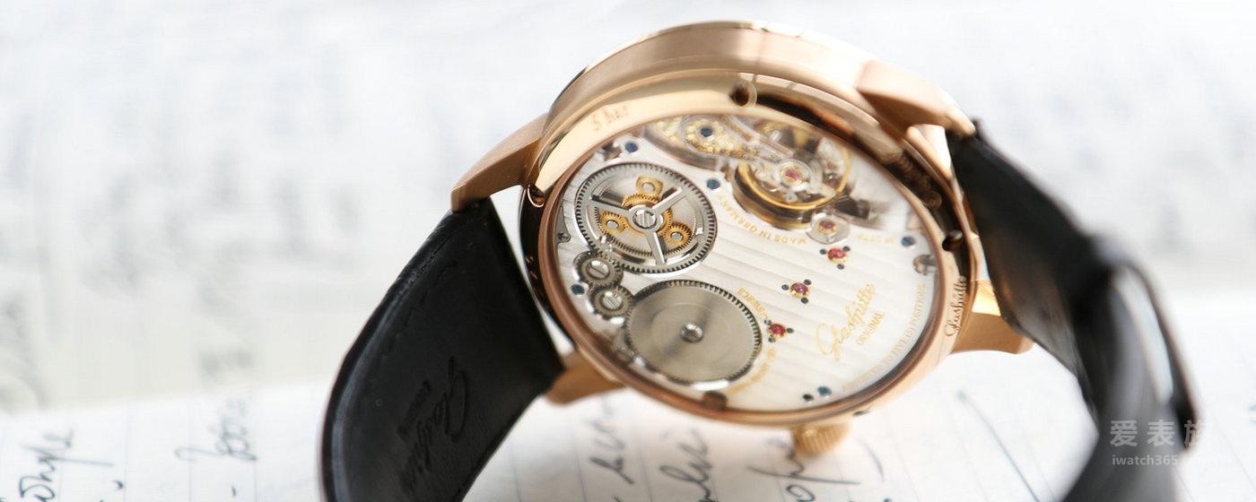精准计时经典传承 格拉苏蒂原创倾心典藏议员天文台三针一线腕表