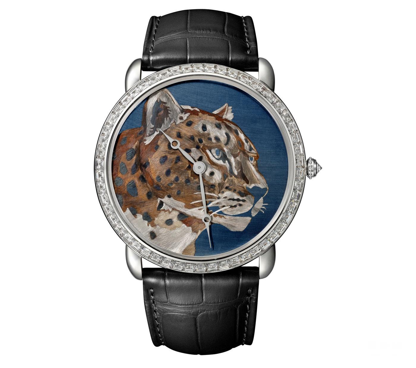 大师工艺,深邃迷人 卡地亚推出Ronde Louis Cartier焰金工艺猎豹装饰腕表