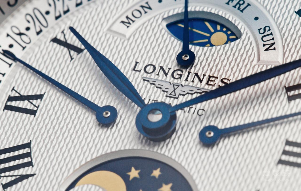 普通人的劳斯莱斯---浪琴名匠系列逆跳月相腕表