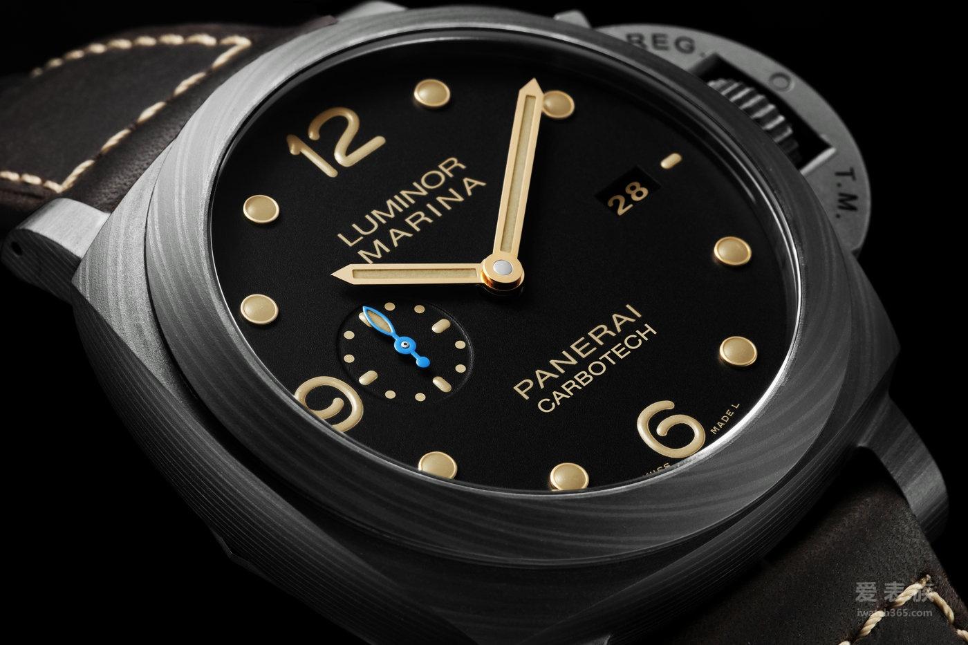 沛纳海luminorMarina 1950系列碳纤维腕表
