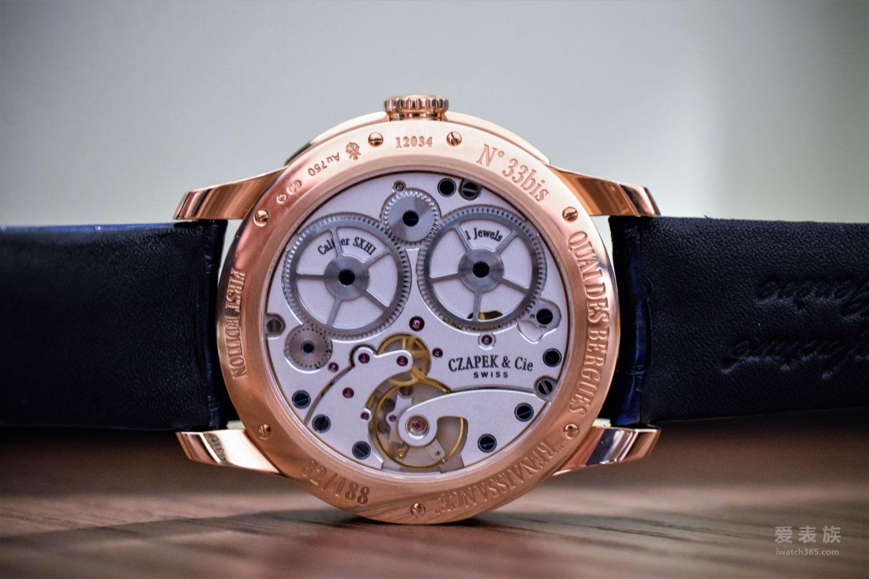 优雅之蓝——2017年五款拥有蓝色表盘的高档腕表
