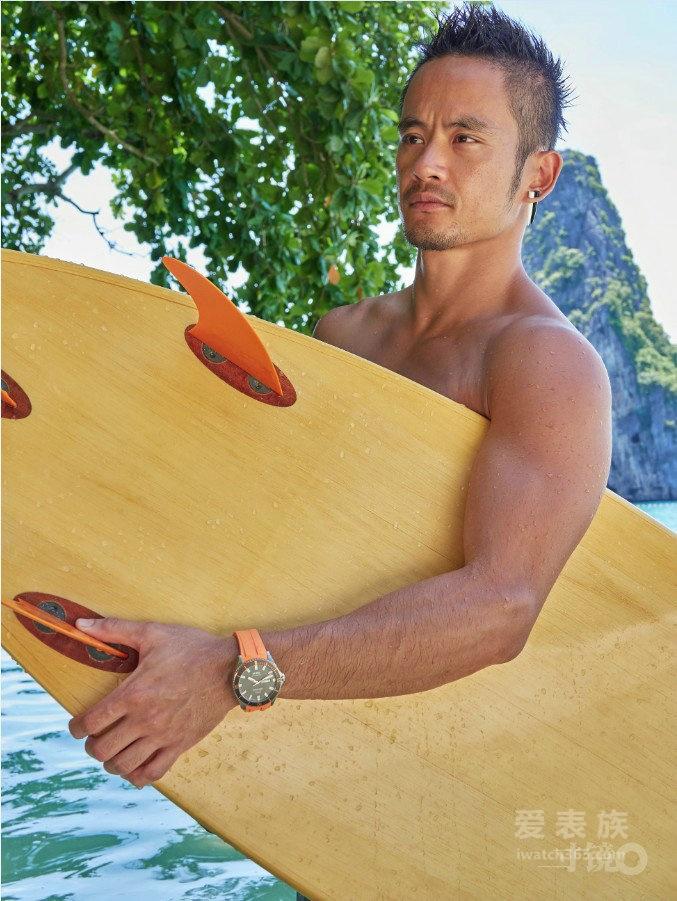 美度表——佩戴这款防水腕表, 让你在海滩度假时 不费力还能赢很大!