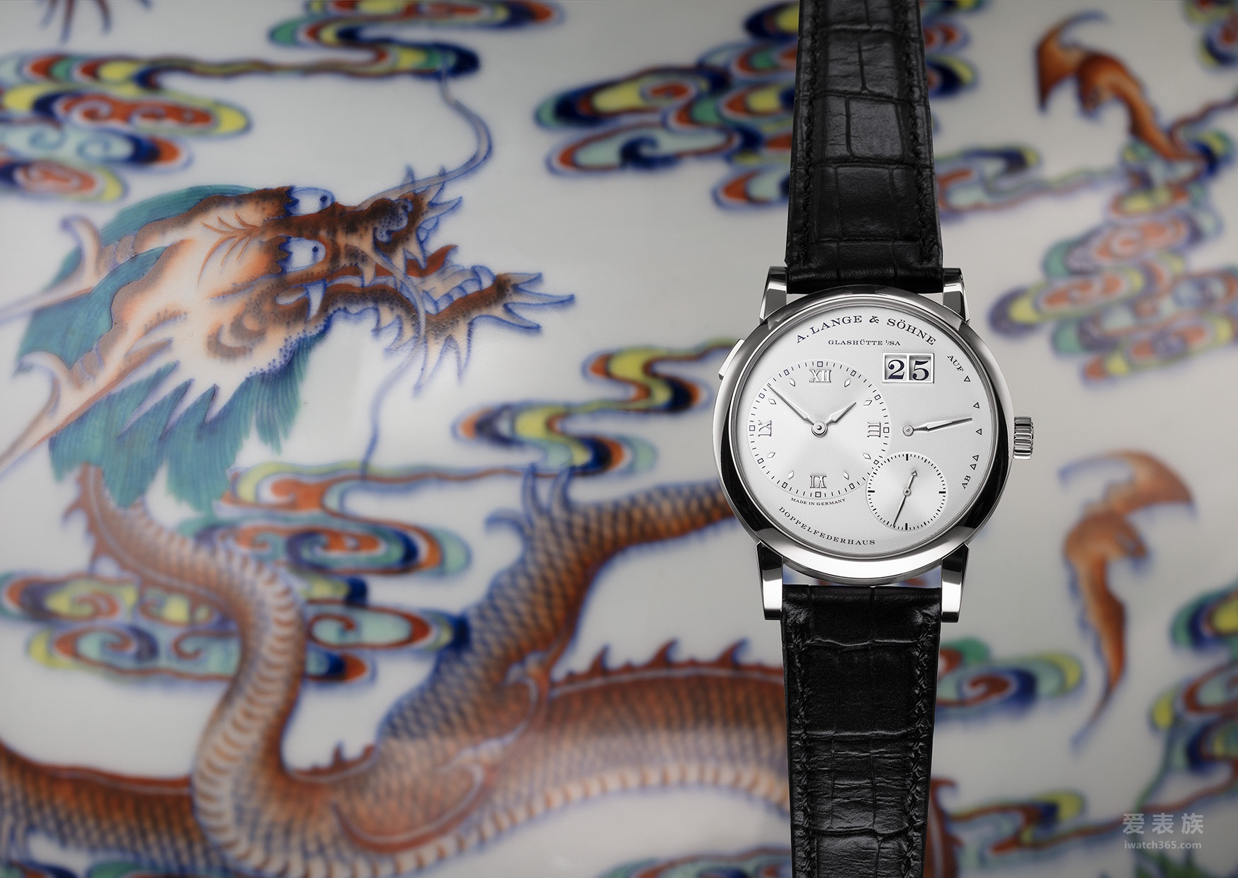 源自萨克森的大师级作品---朗格腕表与来自世界各地的工艺珍品首度一同亮相