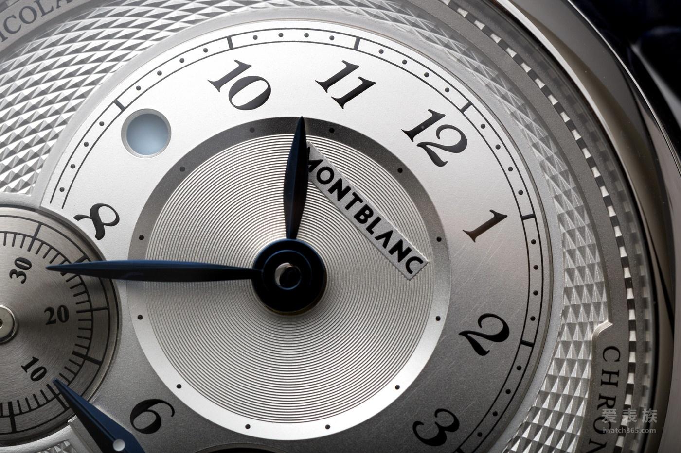 传统于外,现代于心: Montblanc万宝龙尼古拉斯.凯世计时码表