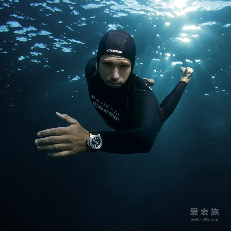 法国恒重自由潜水冠军化身「PANERAI TRAITS」第三章「海洋」(MARE) 的主角