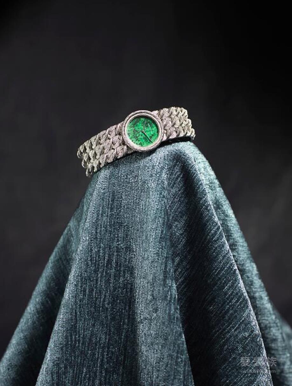 1970年 编织链带腕表