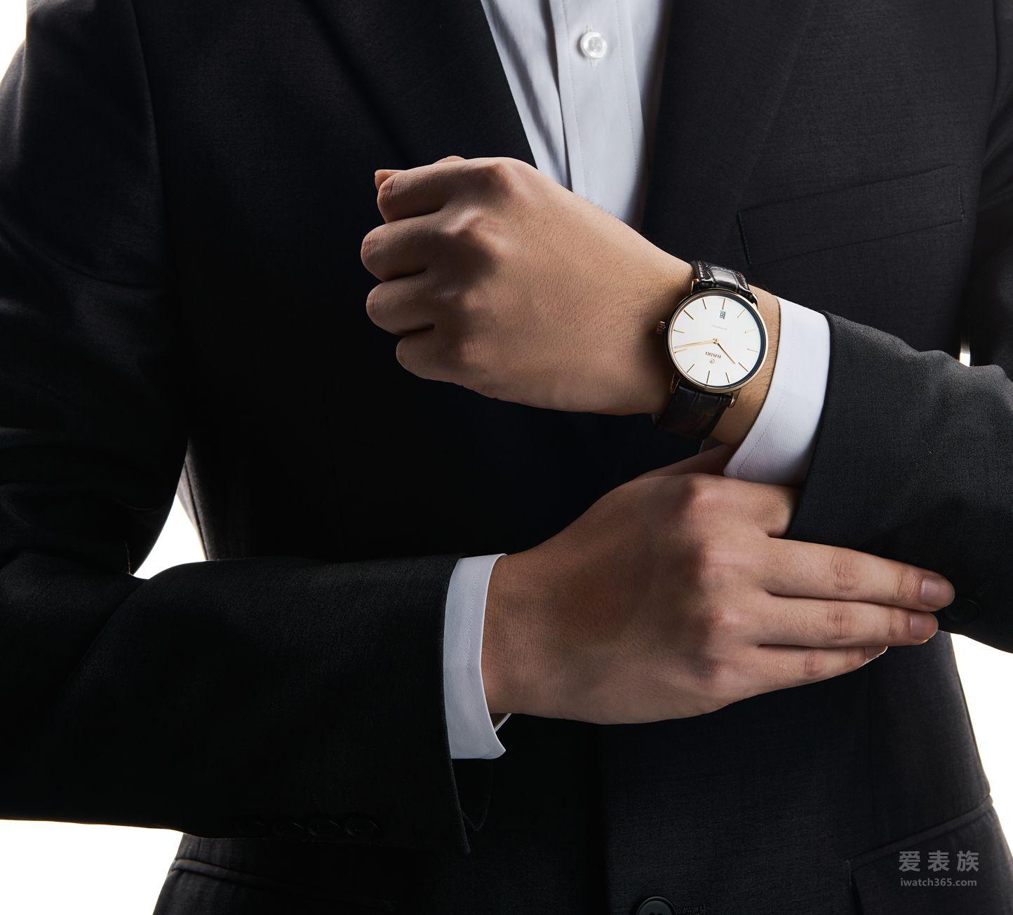 RADO瑞士雷达表DiaMaster钻霸系列CERAMOS™金属陶瓷自动机械腕表_玫瑰金色_情境图5-12