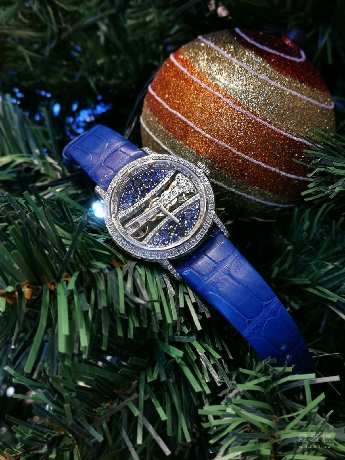 【圣诞季】绿与蓝 源于自然的圣诞色彩 -CORUM昆仑表金桥系列