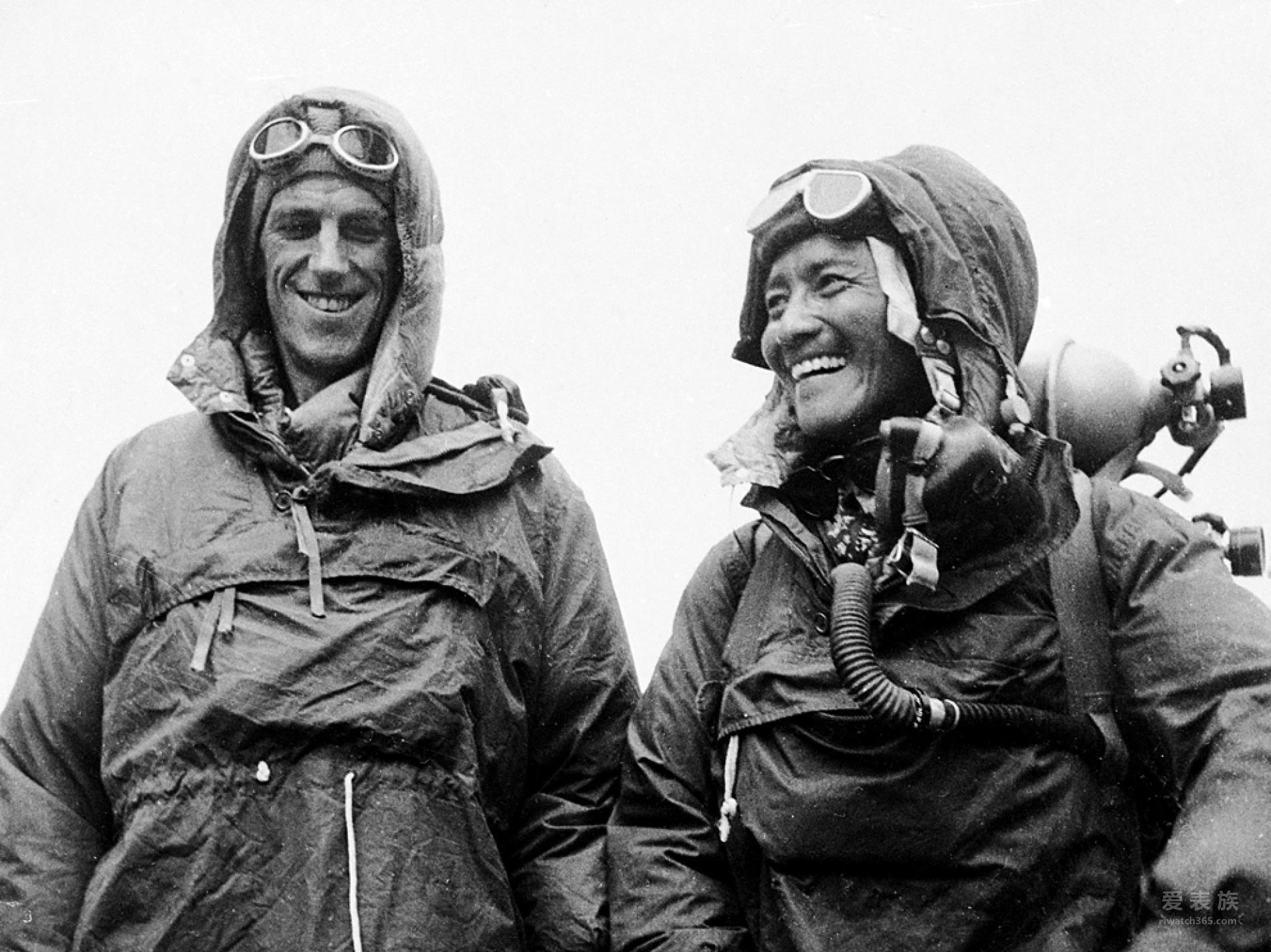 1953年5月29日,Edmund Hillary(左)和Sherpa Tenzing Norgay到达了珠穆朗玛峰的顶点,成为第一批站在世界最高峰之上的人。