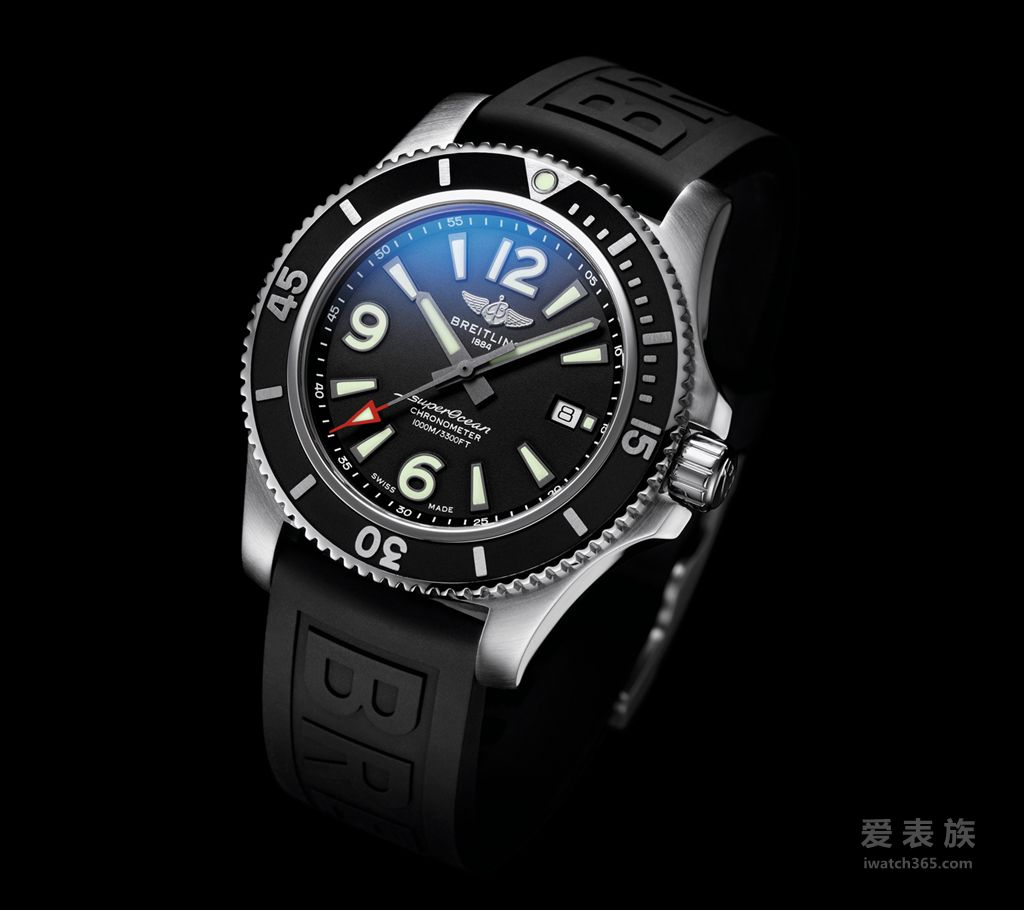 06_Superocean 44 with black dial and black Diver Pro III rubber strap【巴塞尔2019】全新百年灵超级海洋系列(SUPEROCEAN):探险无止境