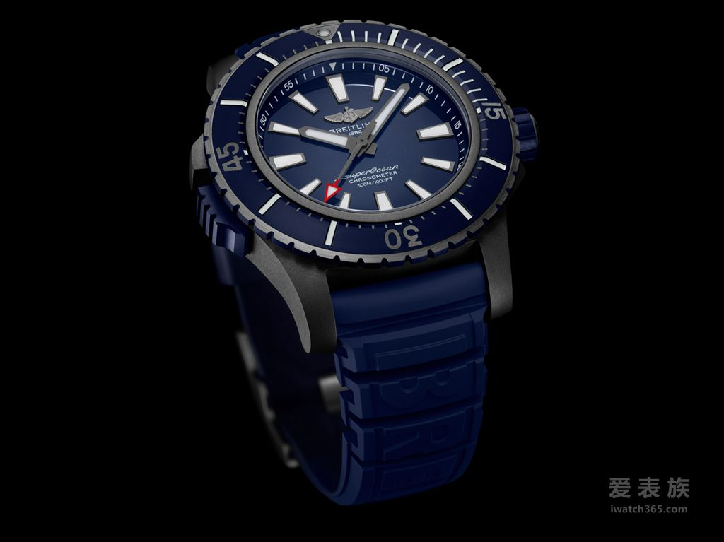 01_Superocean 48 in black titanium with blue dial and blue vented rubber strap【巴塞尔2019】全新百年灵超级海洋系列(SUPEROCEAN):探险无止境