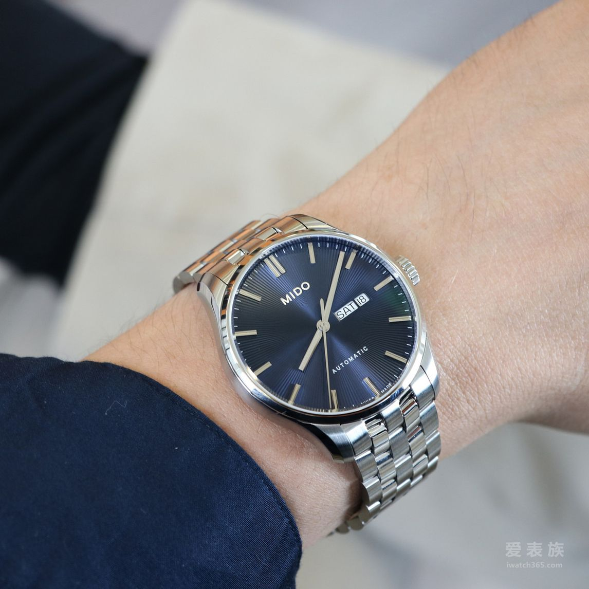 魅力深蓝正当时 瑞士美度表蓝色表盘腕表推荐
