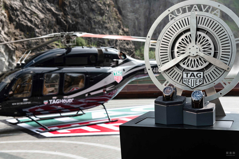 泰格豪雅掀起复古风潮 两位品牌大使克里斯·海姆斯沃斯及李易峰联手助阵