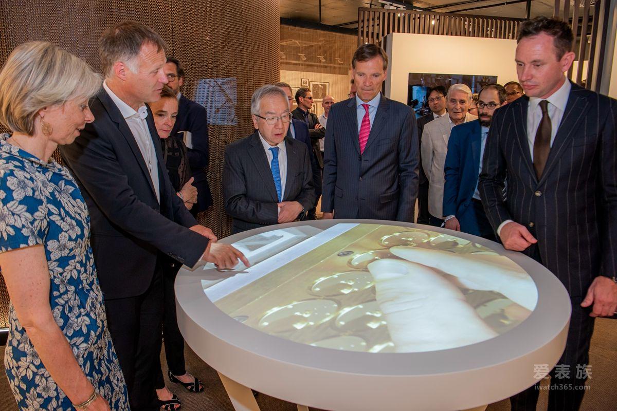康斯登全新制表厂房华丽落成 并呈献两款自制机芯陀飞轮万年历腕表新品