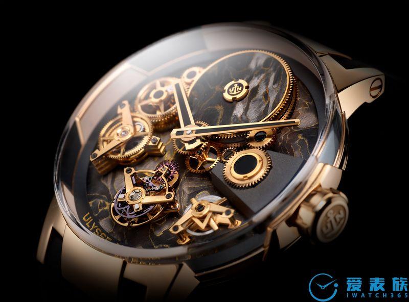 非比寻常 雅典表大胆启用创新材质推出四款全新经理人系列自由之轮陀飞轮限量版腕表