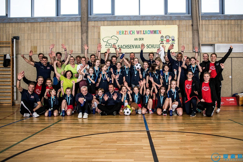 IWC萬國表與勞倫斯共同慶祝 勞倫斯世界體育大獎成立20周年