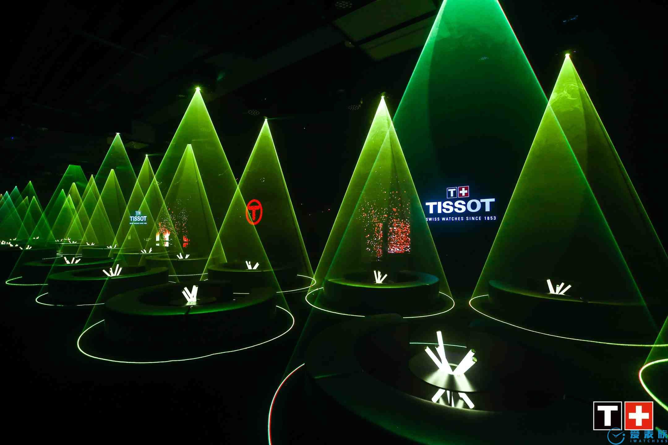 图5:赛博森林风格TISSOT天梭腾智·无界系列新品发布盛典现场