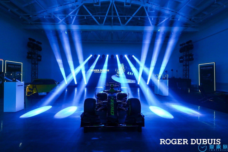 一触即发 颠覆游戏规则 Roger Dubuis罗杰杜彼携手 Pirelli 倍耐力呈现全新震撼力作