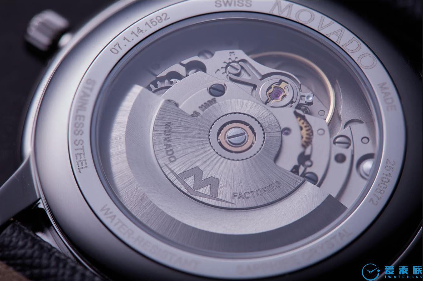 将简约注入腕表灵魂,它诠释了对时间独特的见解!
